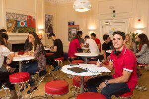 Kaplan International London Covent Garden, Sprachschule, Sprachreise Großbritannien, Sprachkurs UK, Aufenthaltsraum