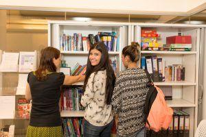 Sprachschule Manchester, Kaplan International England, Bücher