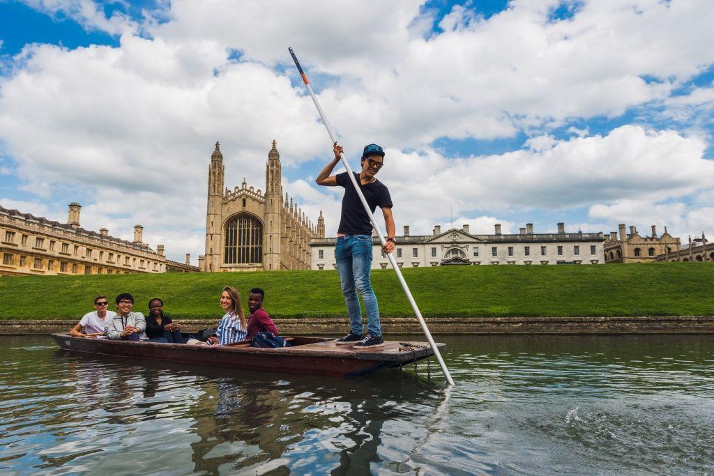 Entdecken Sie die beliebte Universitätsstadt