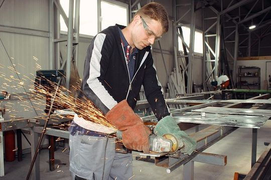Praktikum England Irland Bauarbeiter