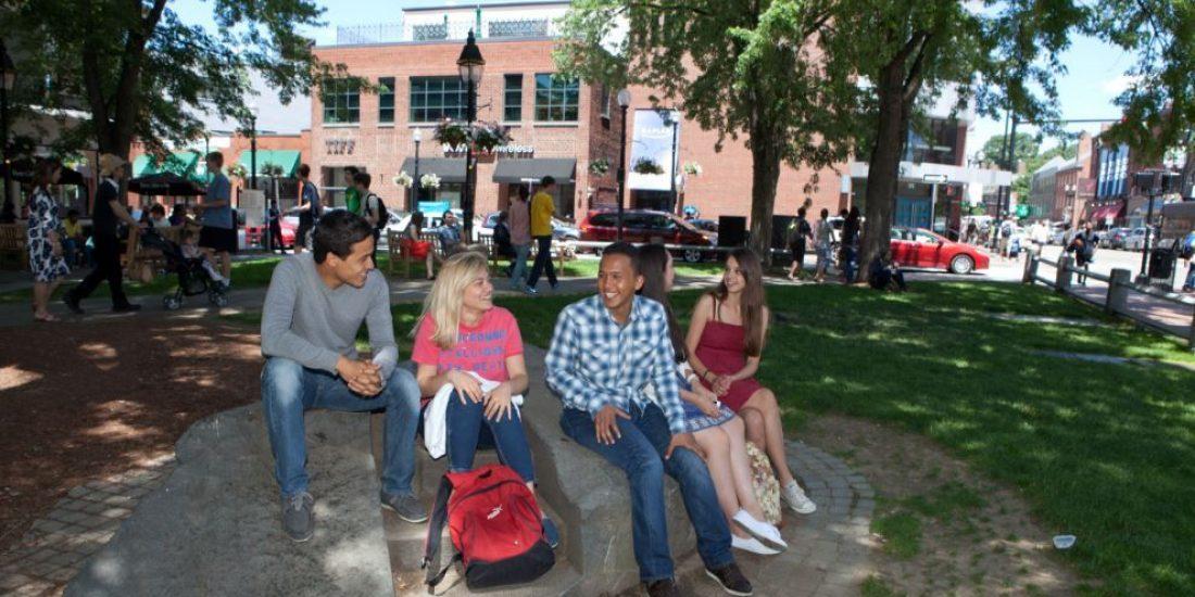 Sprachschule Boston Harvard Square, Kaplan International