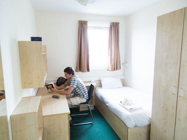 Schülersprachreise London Wohnheim