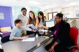 Sprachschule Berkeley, Kaplan International USA, Rezeption