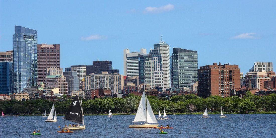 Schülersprachreise Boston Skyline from Water