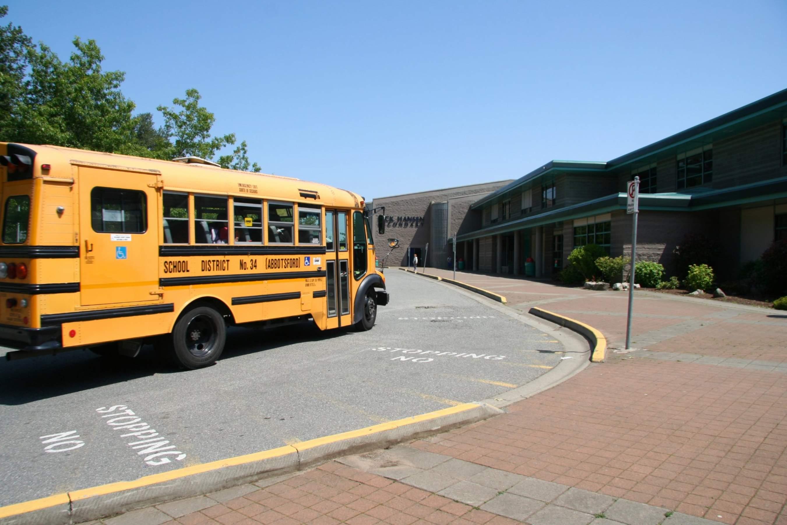 High School Aufenthalt Kanada Abbotsford British Columbia Schulbus
