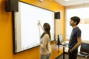 Sprachschule Montreal, EC English Kanada Sprachreise, Schule, Interactive Whiteboard