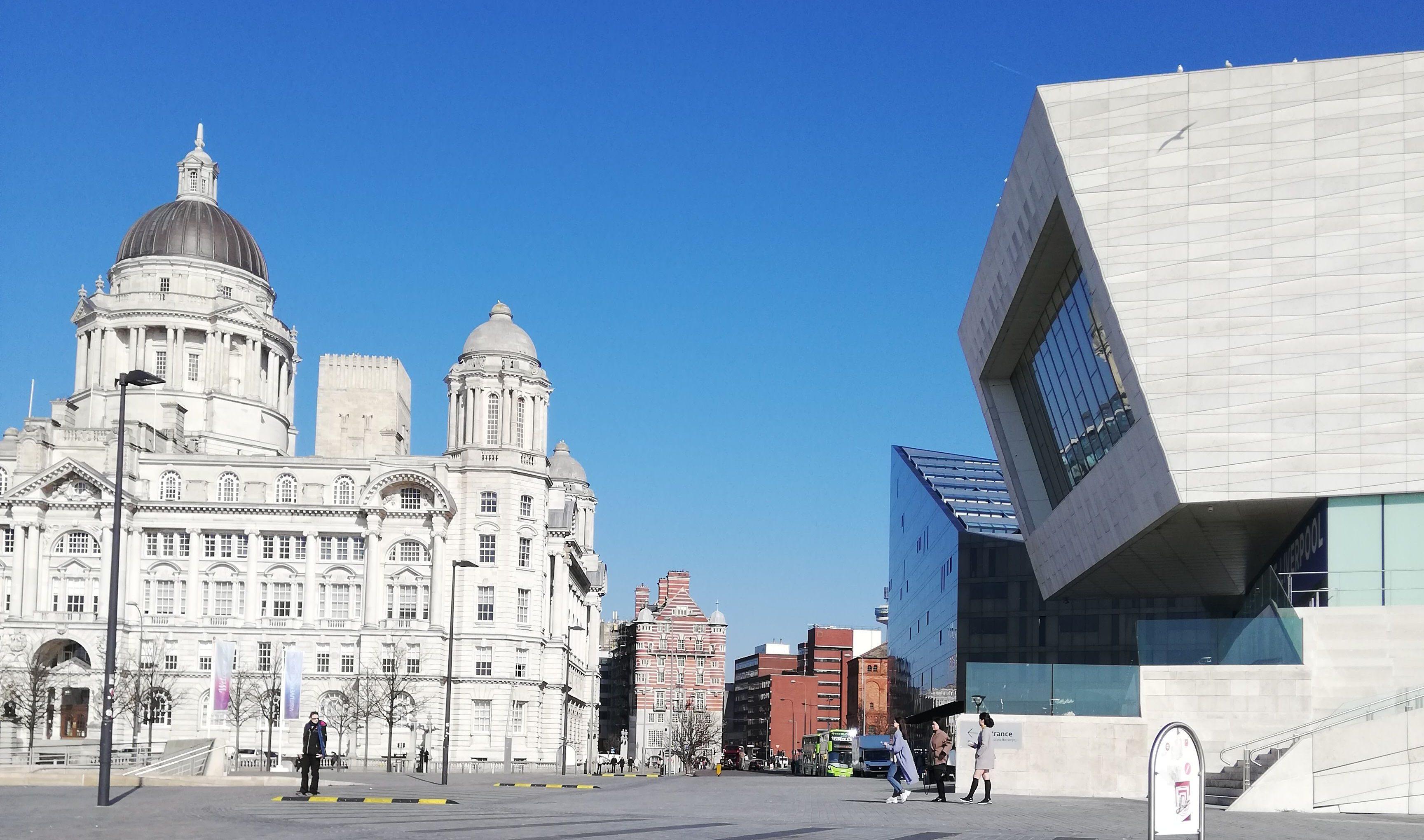 Liverpool Sprachreise, alt trifft auf modern
