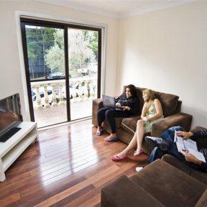 Wohnzimmer Geteilte Studentenwohnung Praktikum Australien