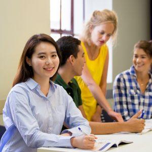 Sprachreisen Australien Sydney City Kaplan im Klassenzimmer